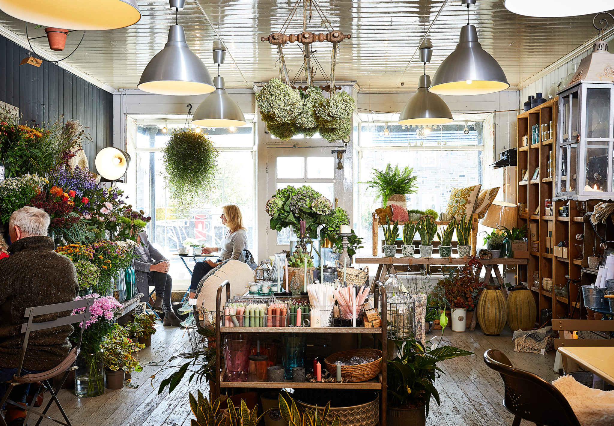 The Hedgerow Branding, Interior Shop Space