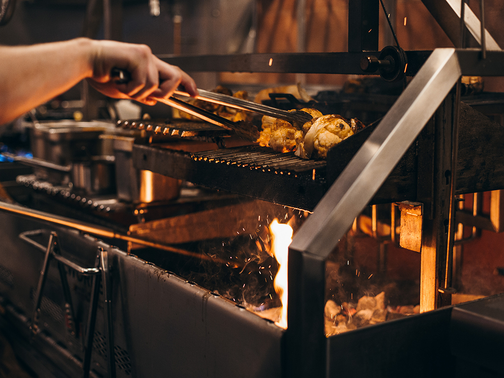 Ox Club Restaurant, Solid Fuel Grill Cooking